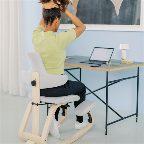 Why Should You Buy a Kneeling Chair for Your Home Office
