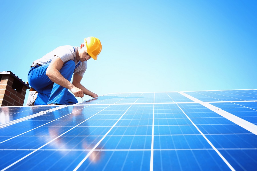 How to Choose a Solar Company for Your Home