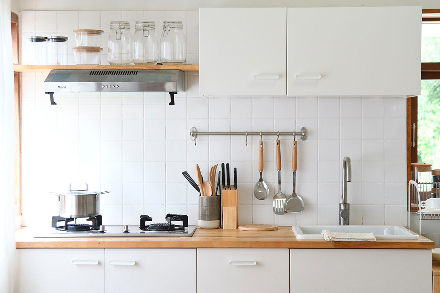 Ways To Decorate Your Small Kitchen Space