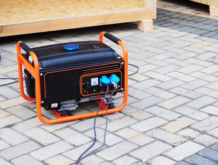 Going Green: The Benefits of Portable Solar Generators